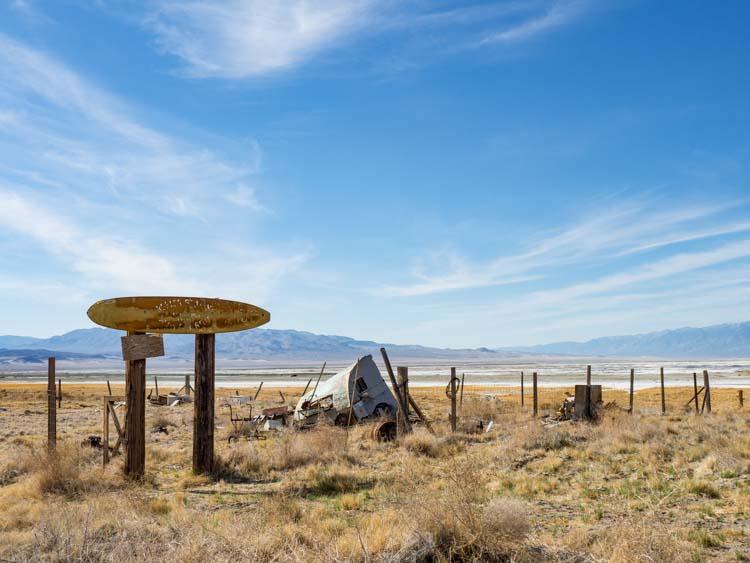 Keeler California ruins