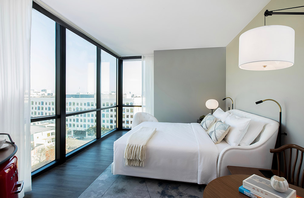 Where to stay in San Francisco - Virgin hotel room