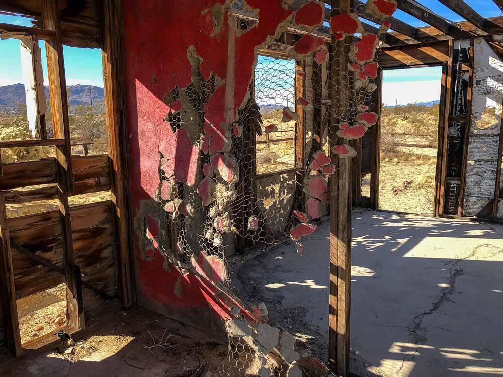 Krblin Jihn Kabin ruined cabin interior