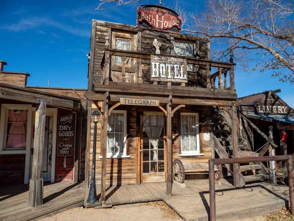 Yucca Valley Pioneer Town building