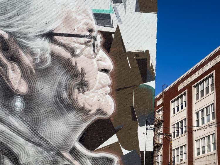 Los Angel Mural Abuelita El Mac