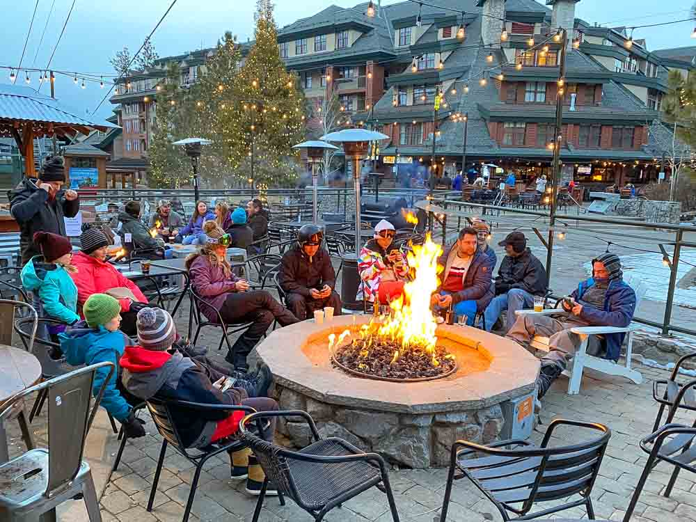 Apres ski Lake Tahoe Gun Barrel Tavern. people drinking and fire pit