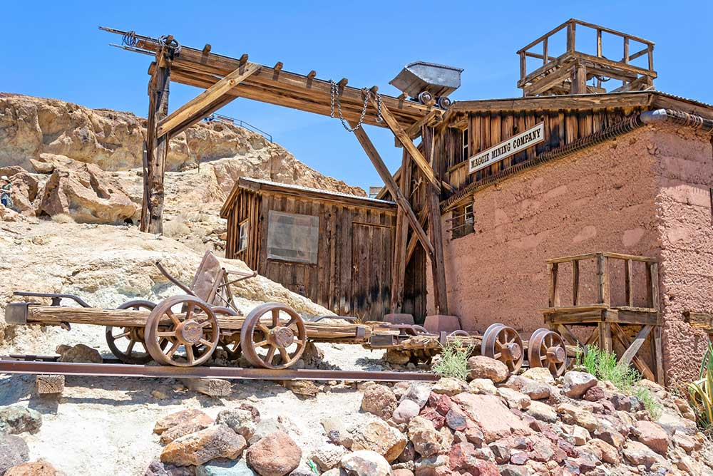 Calico ghost towns in California- old mining equipment and buildings