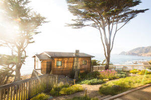 Sea Wolf cottage Half Moon Bay Airbnb on coast