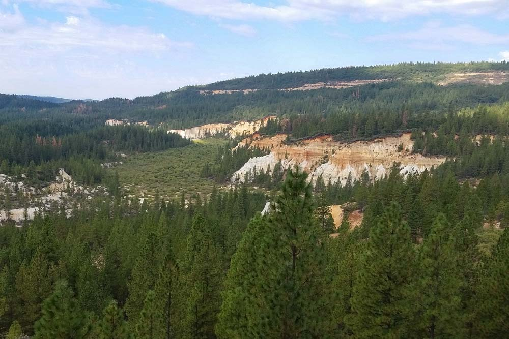 Landscape of Malakoff Diggins cliffs with pine trees