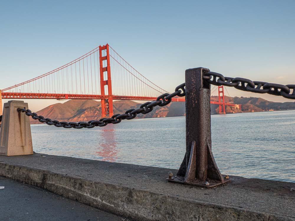 San Francisco Golden Gate Bridge Visit Fort Point. Bridge and chain