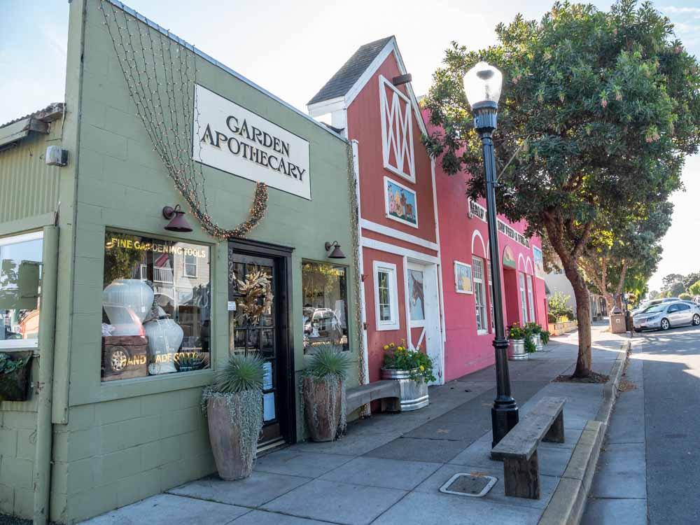 Half Moon Bay California downtown shops