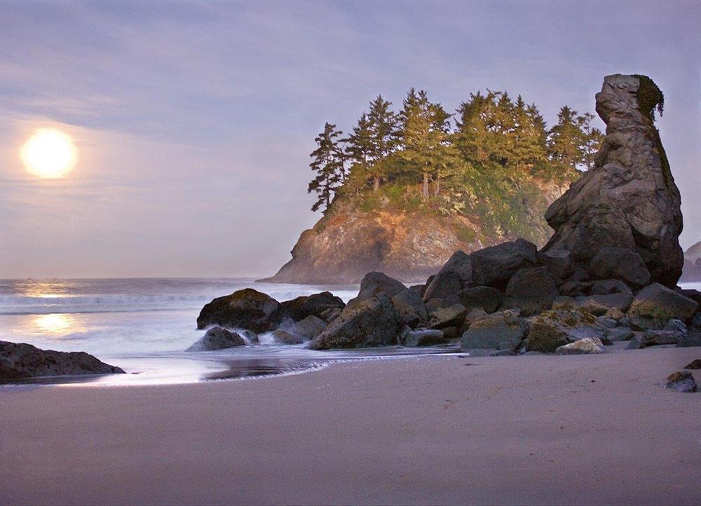 Northern California coastal towns: Trinidad beach at dusk
