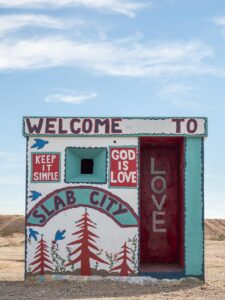 Slab City Guardhouse mural-WS