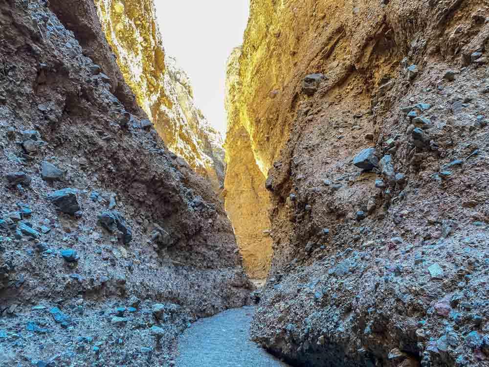Sidewinder Canyon slot canyon #4- narrow rock walls