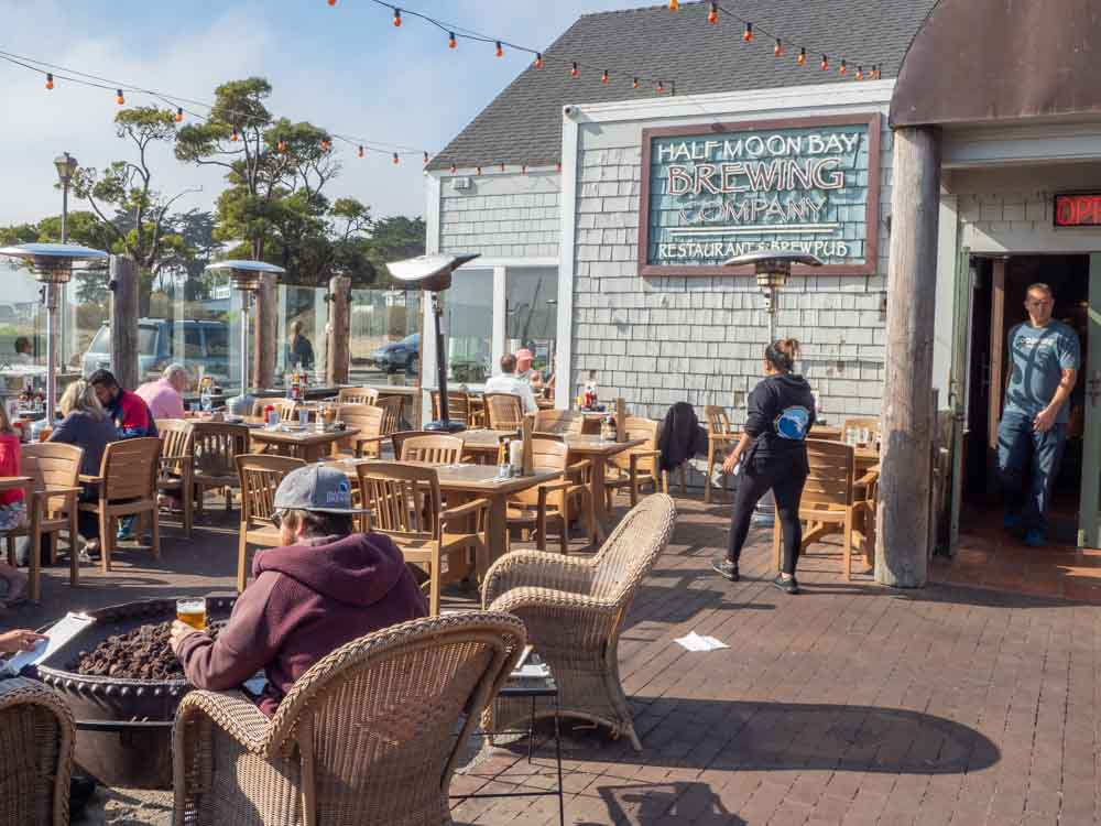 Half Moon Bay Brewing Company exterior patio
