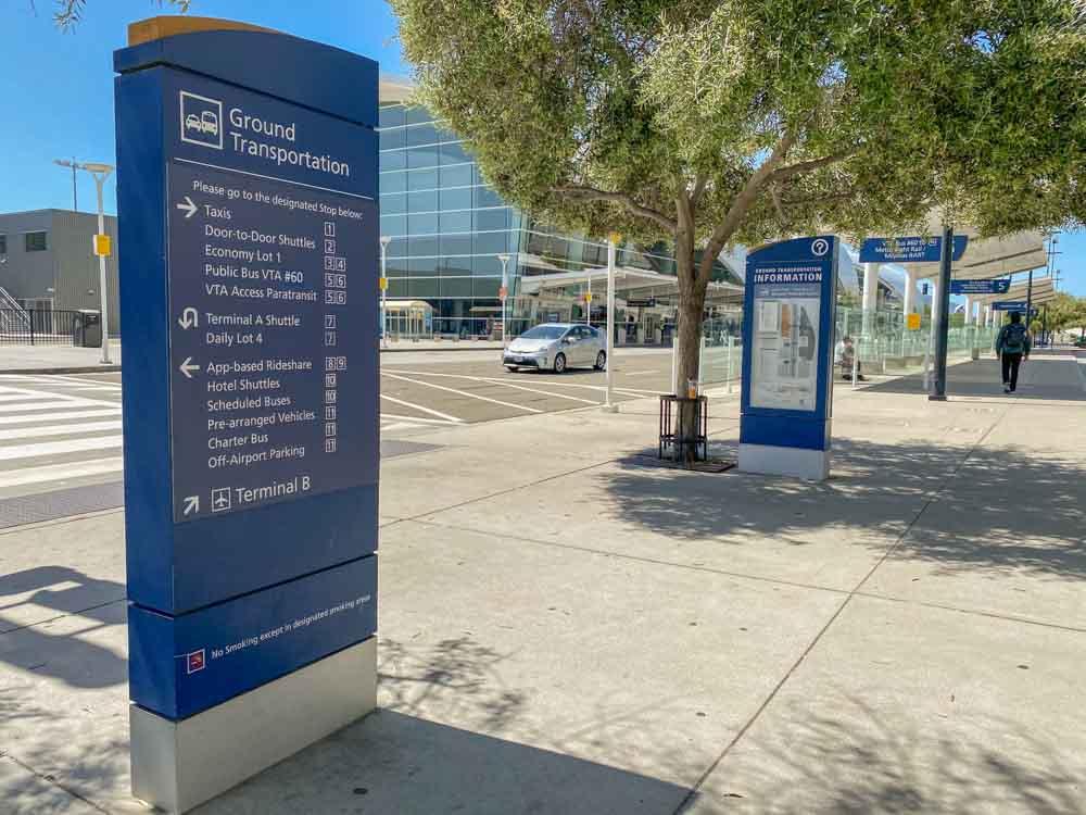 San Jose Airport ground transportation signage