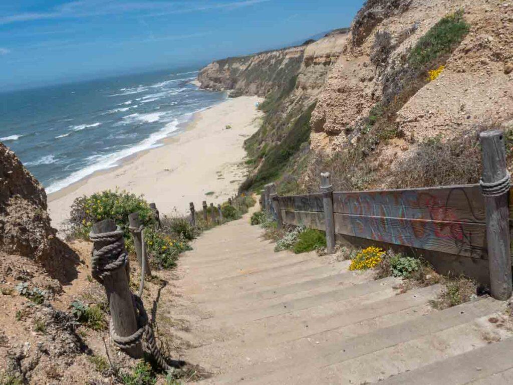Steps to Cowell Beach Half Moon Bay