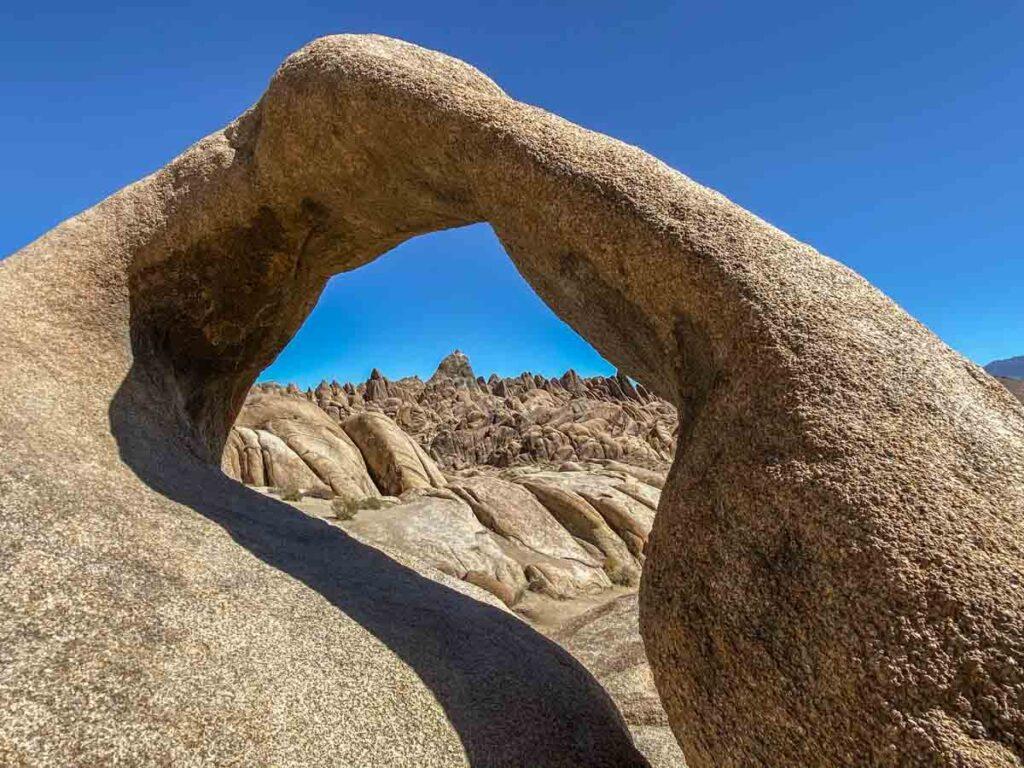 Alabama Hills CA Mobius Arch trail